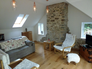 Glandwr Cottage - the lounge